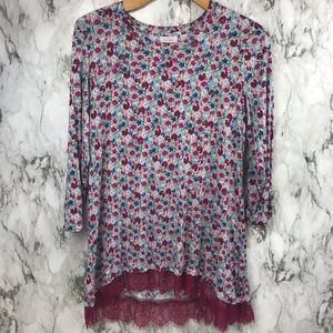 Logo Layers Floral Blouse Top Boho Size Small